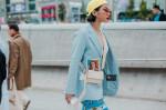 """Những Mẫu Túi Xách """" Gây Sốt"""" Tại Seoul Fashion Week Xuân Hè 2019"""