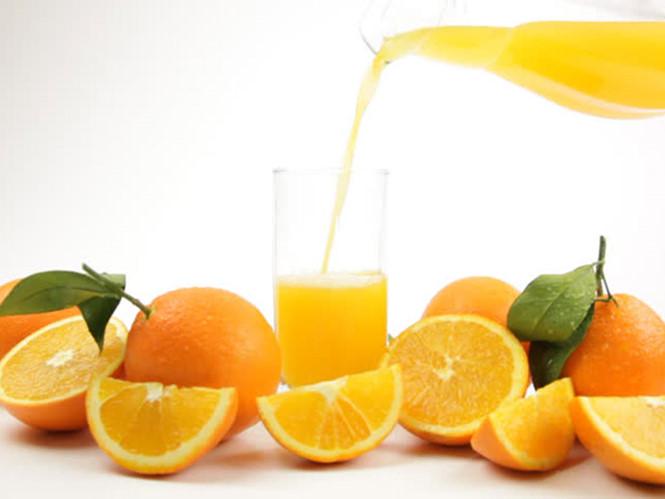 Nguyên nhân nào các bác sĩ khuyên bạn nên bổ sung vitamin C hàng ngày