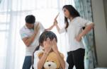 Trẻ giao tiếp kém, khó thành công khi thường xuyên chứng kiến cha mẹ cãi nhau