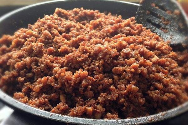 Cách làm thịt chưng mắm tép đơn giản, thơm ngon