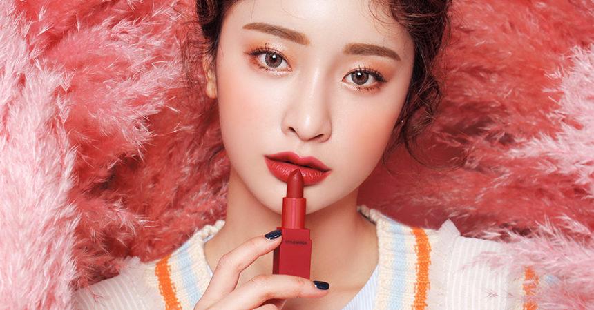 """Năm 2019, 5 Màu Son Đỏ Này Hứa Sẽ """"Bùng Nổ"""" Giới Makeup"""
