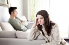 Bình tĩnh là cách kéo người chồng đa tình trở về...