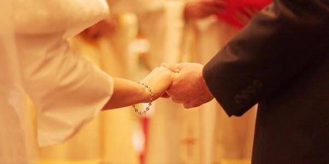 Mất bao công sức để nên đôi vợ chồng, đừng vì một phút lầm lạc mà mất nhau