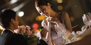 """Viết Cho Chồng Ngày Valentine: """"Vợ Mới 30 Thôi Mà"""""""