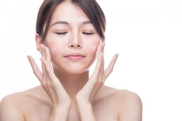 Top 5 Sữa Rửa Mặt Dịu Nhẹ Mọi Tín Đồ Skincare Cần Có