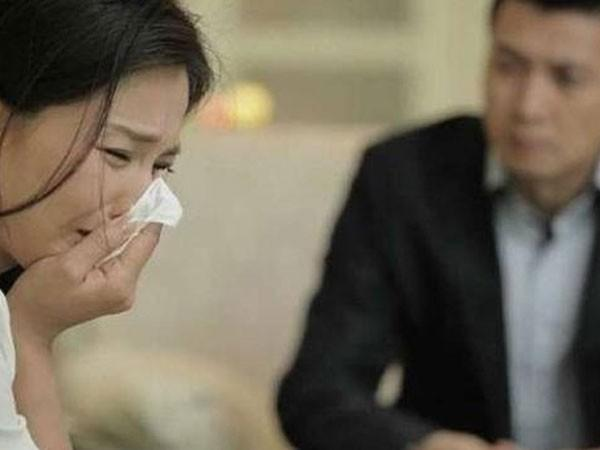 Đàn bà ly hôn: Buông tay để chọn cho mình một cuộc sống tốt hơn