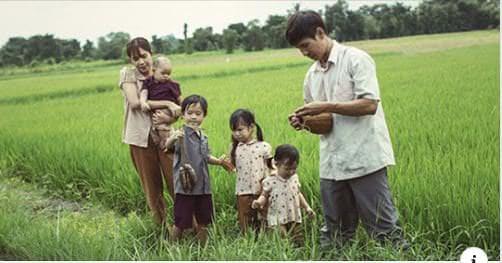 Biết đủ thì nghèo khổ cũng vui, không biết đủ thì giàu sang cũng vẫn buồn