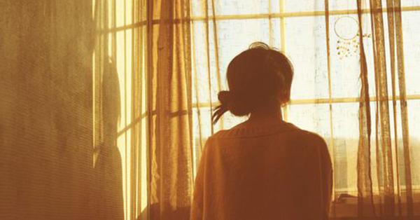 Đàn bà không sợ nghèo, chẳng sợ vất vả, chỉ sợ gặp phải người chồng bạc bẽo