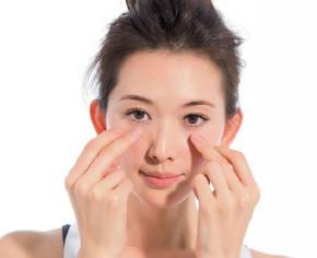 """4 huyệt nắm giữ nhan sắc của bạn: Biết chăm sóc sẽ giúp bạn """"trẻ mãi không già"""""""