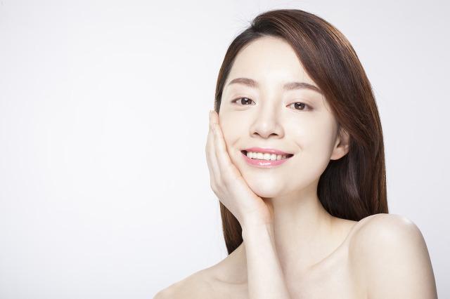 Dưỡng trắng da với công thức nguyên liệu tự nhiên dễ làm