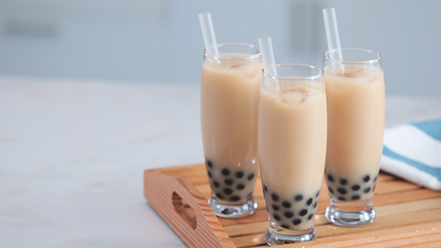 Tuyệt chiêu uống trà sữa tẹt ga không lo tăng cân cho hội chị em bàn đào