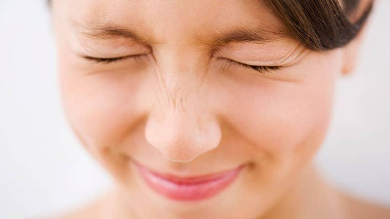 Bỏ túi những Tips xóa nhăn vùng mắt cực hữu hiệu này
