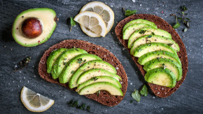 Tổng hợp những thực phẩm giúp da khỏe dáng xinh khỏi cần lăn tăn