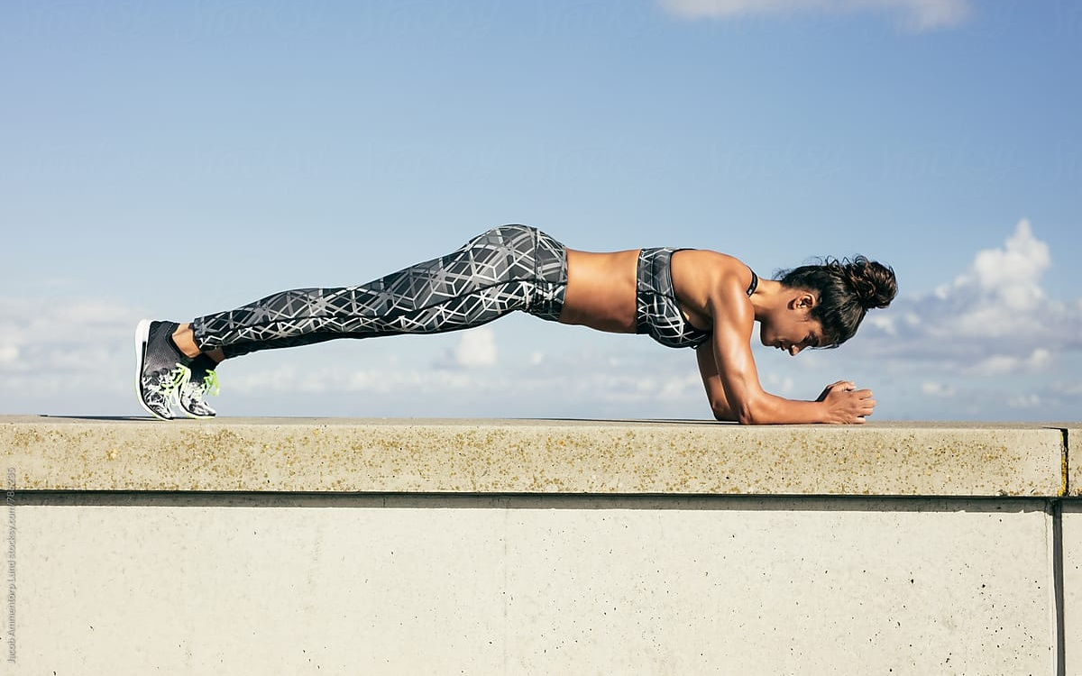 """Sự """"thần kì"""" của tập luyện Plank chăm chỉ"""