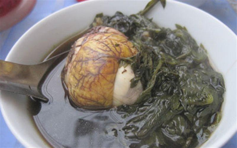 Cách làm trứng vịt lộn hầm ngải cứu giúp người gầy tăng cân nhanh chóng