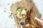 Những thói quen ăn uống buổi sáng tưởng vô hại nhưng gây tăng cân chóng mặt