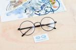 Hóa ra mắt kính cũng là nguyên nhân gây ra mun!