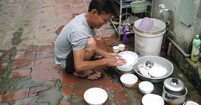 Khoa Học Đã Chứng Minh: Làm Việc Nhà Sẽ Giúp Đàn Ông Sống Thọ Và Thông Minh Hơn
