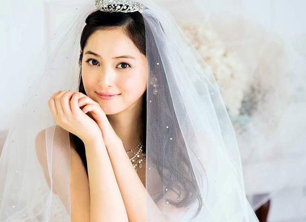 """Mỹ nhân đẹp nhất Nhật Bản cưới chồng """"Quái Vật"""" và cái kết sau 2 năm"""