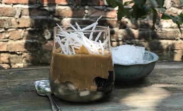 Công thức pha ly cafe cốt dừa mix với trân châu thơm ngon