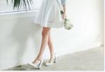 Chọn giày cao gót cho nàng Nấm lùn: Kiểu tôn giáng hết mức, Kiểu tuyệt đối tránh xa thật xa