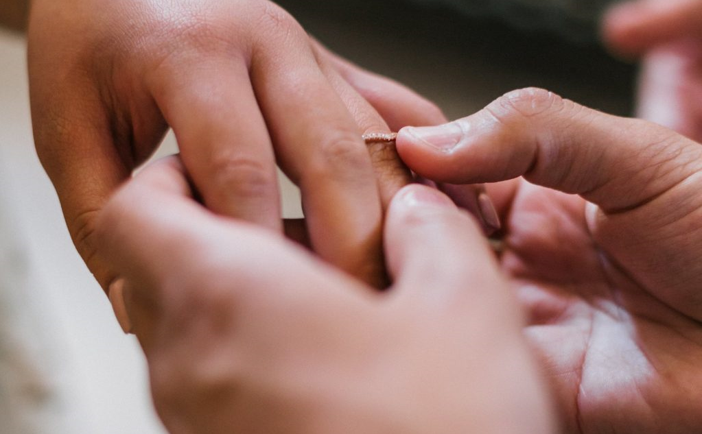 Hôn nhân bền vững cần vượt qua những yếu tố gì?