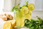 Buổi sáng uống nước ép cần tây, Buổi tối uống Detox Gừng bạn sẽ không còn mỡ thừa nữa
