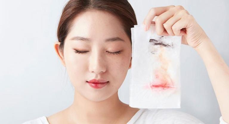 80% phụ nữ sai ngay từ bước chăm da này, khiến cho mặt già hơn tuổi