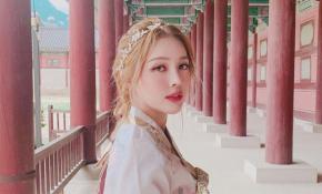 Nàng nào chuẩn bị đi Hàn thì bỏ túi ngay 2 bí quyết trang điểm và làm tóc xinh như công chúa này nhé