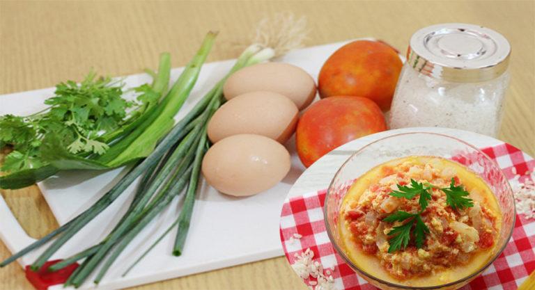 Canh trứng gà ta nấu cà chua chín vừa sáng mắt vừa bổ não, trời chuyển mùa cho con ăn phòng bệnh