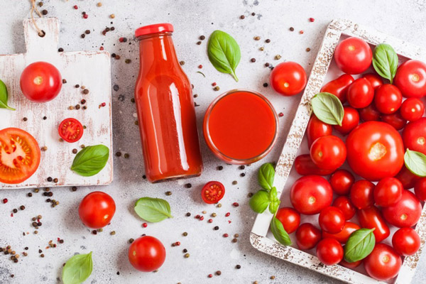 Mỗi ngày một cốc nước ép cà chua làm đẹp da, giữ dáng săn chắc, phòng bệnh ung thư