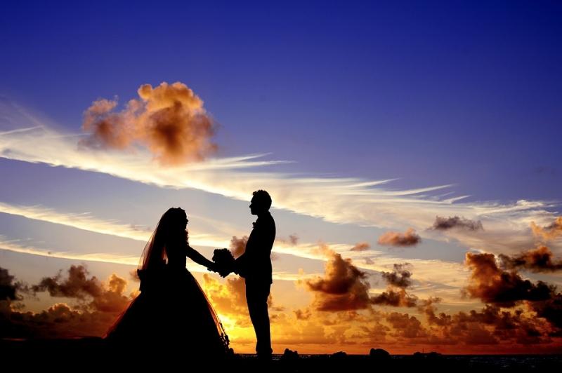 Trên thế gian này cái gì quý giá nhất? Câu trả lời sâu sắc về duyên phận lứa đôi