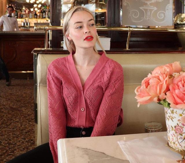 Học ngay 5 cách diện áo len đẹp xỉu của phụ nữ Pháp
