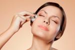5 cách làm đá viên se khít lỗ chân lông cực hiệu quả