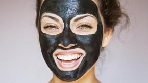 Bác sĩ phân tích 5 sai lầm khi dùng mặt nạ lột mụn khiến lỗ chân lông nở to