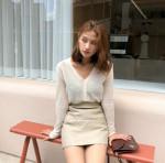 4 mẹo diện chân váy ngắn hack tuổi nàng không thể bỏ lỡ
