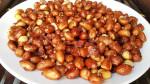 Cách làm đậu phộng rang tỏi ớt giòn ngon để lâu mà không bị ỉu