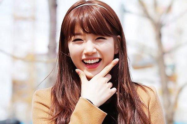 Cười là tài sản quý giá mà trời ban cho con người, một nụ cười có thể làm tan vạn nỗi đau