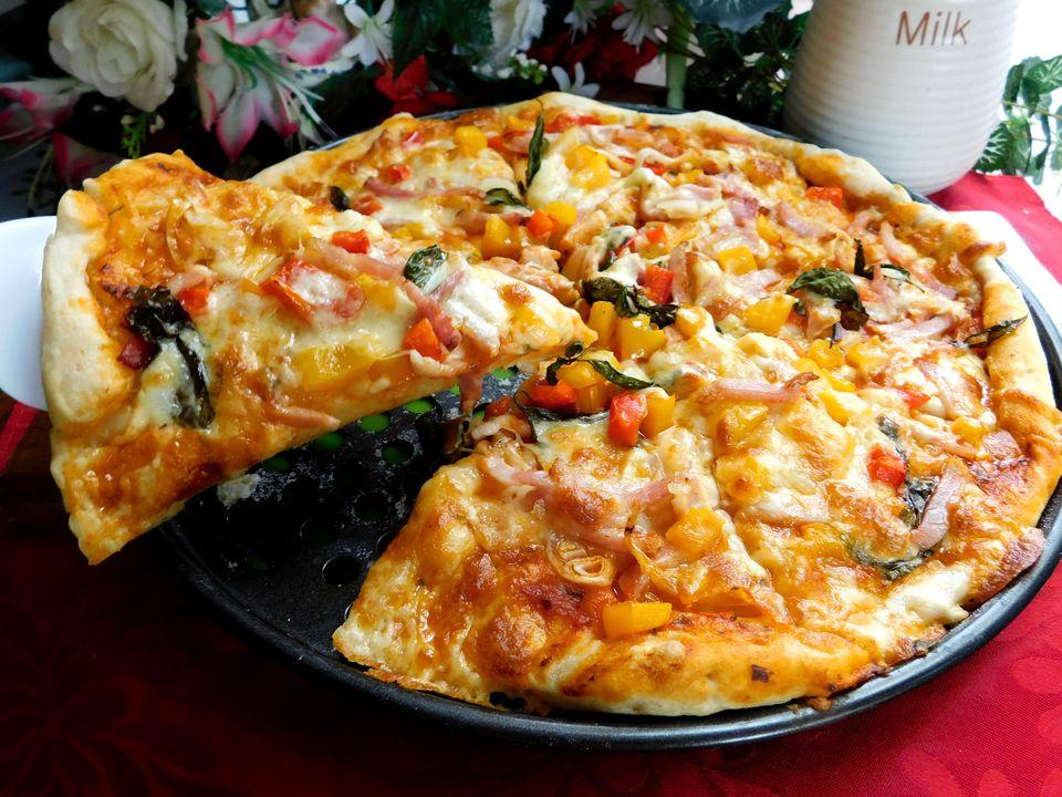 Công thức làm đế bánh pizza giòn xốp đơn giản dễ làm