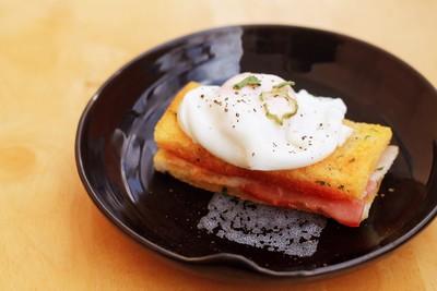 Ăn sáng như nhà hàng với bánh mì bơ tỏi thơm ngon