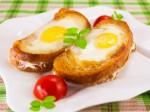 Cùng ăn sáng với bánh mì trứng siêu lạ