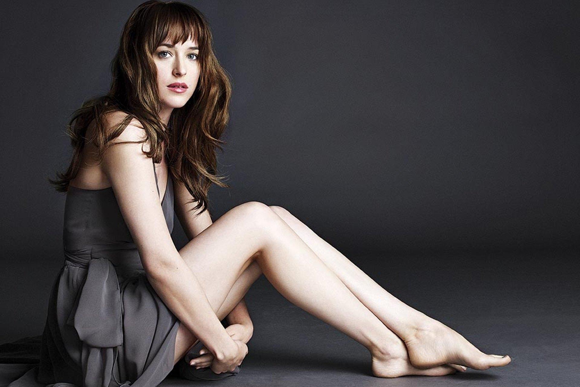 Bí quyết dáng đẹp của diễn viên phim 50 sắc thái - Dakota Johnson