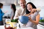 8 dấu hiệu của một người chồng yêu vợ thật lòng