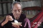 Một ngày của bà cụ Việt Nam cao tuổi nhất thế giới