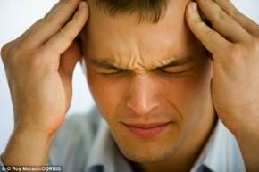 Dùng smartphone có thể bị tổn thương não