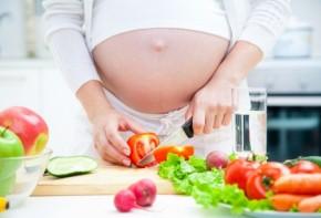 Những việc nhà mẹ bầu tuyệt đối không nên làm khi mang thai