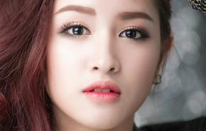 Hướng dẫn trang điểm mắt khói Hàn Quốc siêu nhanh