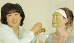 5 loại mặt nạ rẻ tiền giúp căng da và chống lão hóa hiệu quả tại nhà!