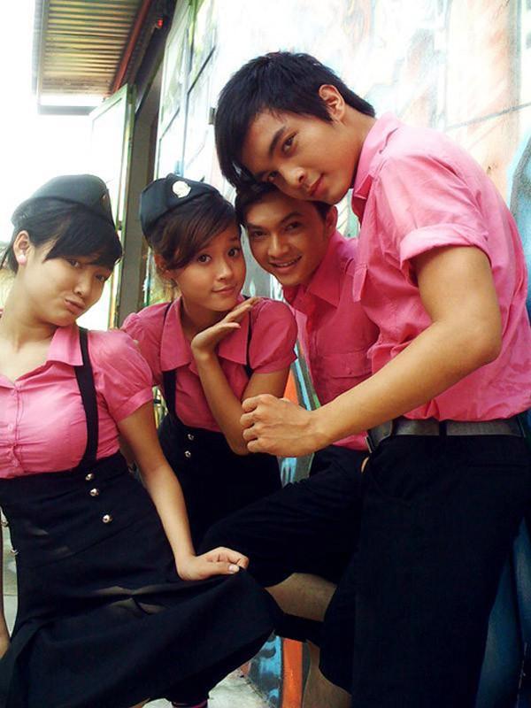 Nhìn lại sự phát triển của thời trang học đường qua loạt phim Việt đình đám