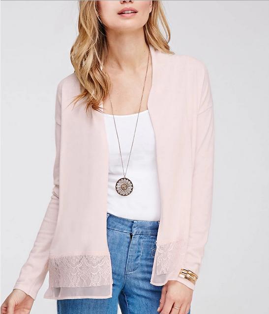 13 chiếc áo khoác mỏng mát mặc layer giao mùa thêm đẹp